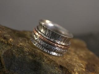 Simple Spinner Ring